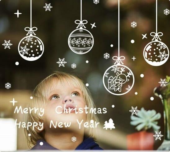Набор стикеров снежинок и игрушки новогодние